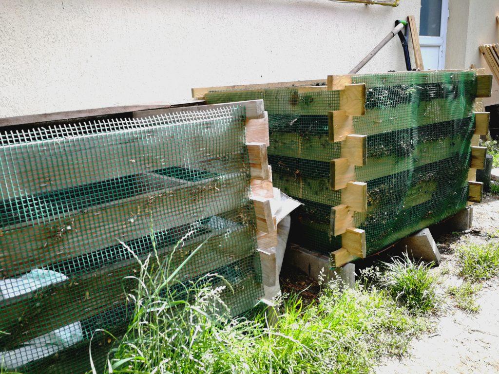 O ultimă etapă din organizarea grădinii: delimitarea spațiului pentru resturi vegetale utilizate la îmbunătățirea solului